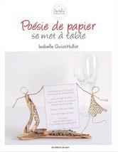 Poésie-de-papier-se-met-à-table